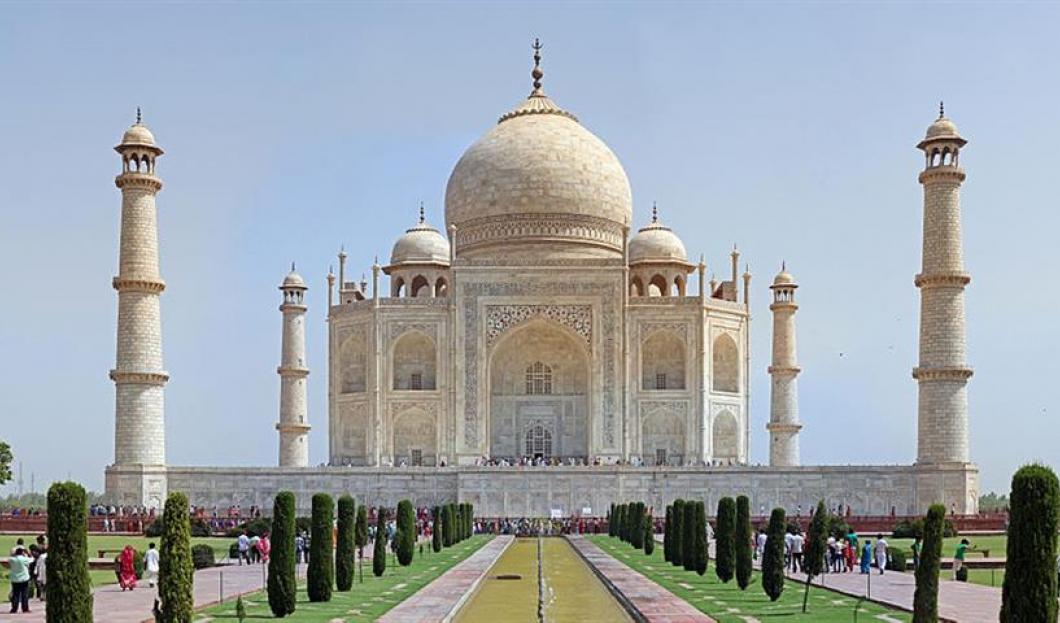 10) Taj Mahal, Agra, India