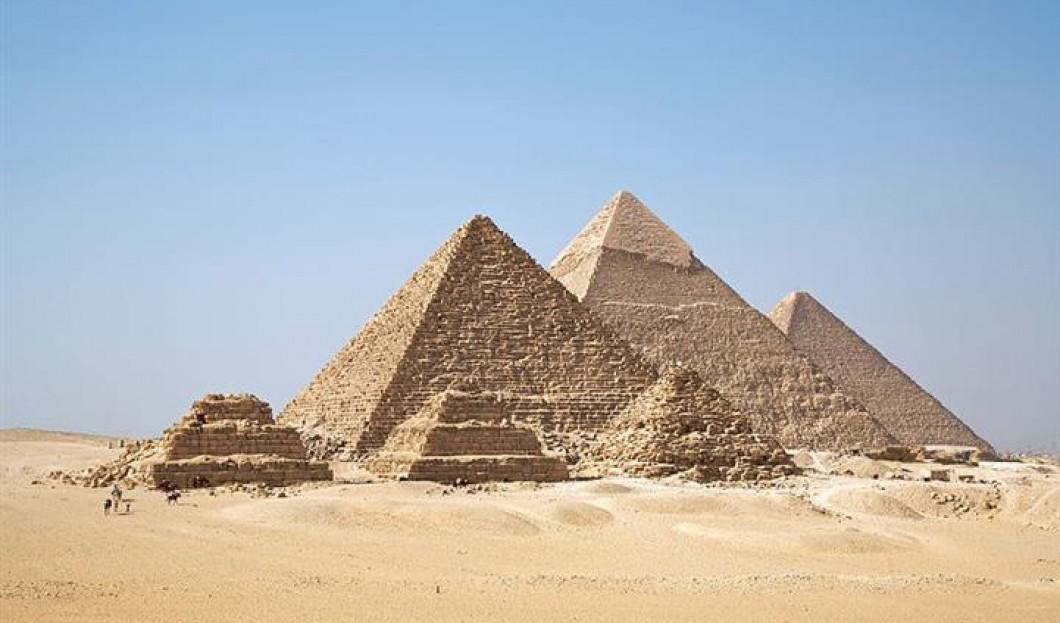 9) Pirámides de Giza, El Cairo, Egipto