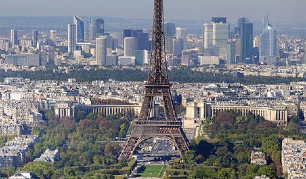 4) Torre Eiffel, París, Francia