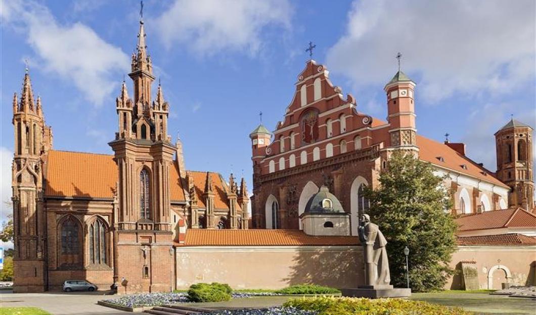 10 / Vilna, Lituania