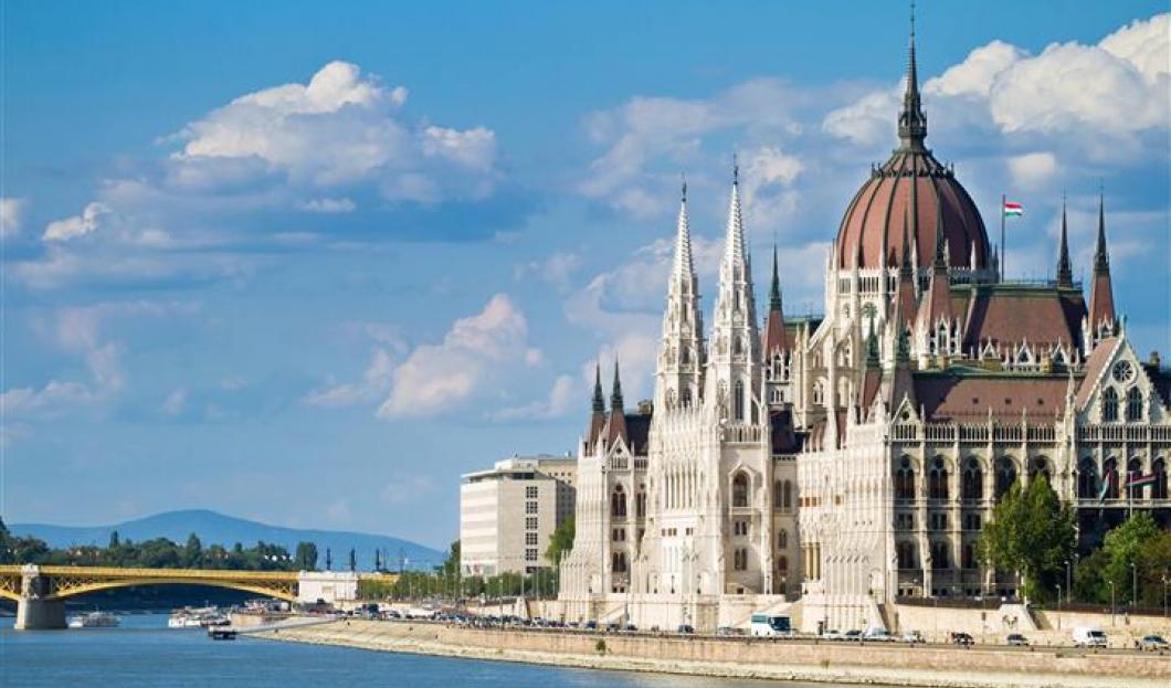 6 / Budapest, Hungría