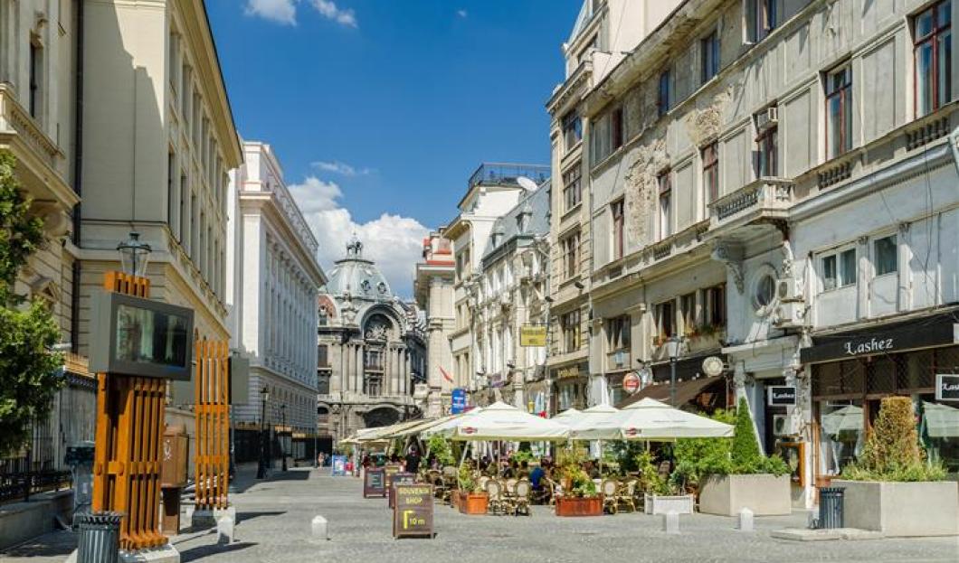 2 / Bucarest, Rumania